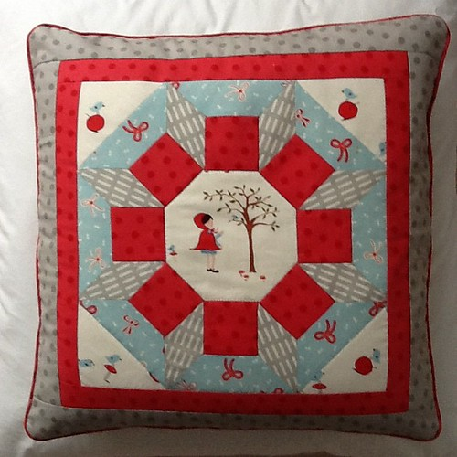 FQR Cushion from class with Tacha.. | by HillyFilly