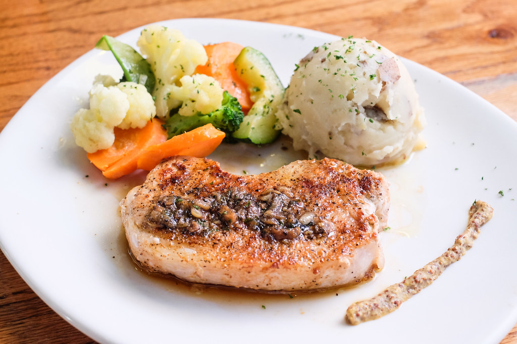 Outback Steakhouse's Garlic Glazed Pork Loin