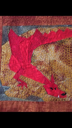 Love my quilted Smaug #tababom # hobbit quilt
