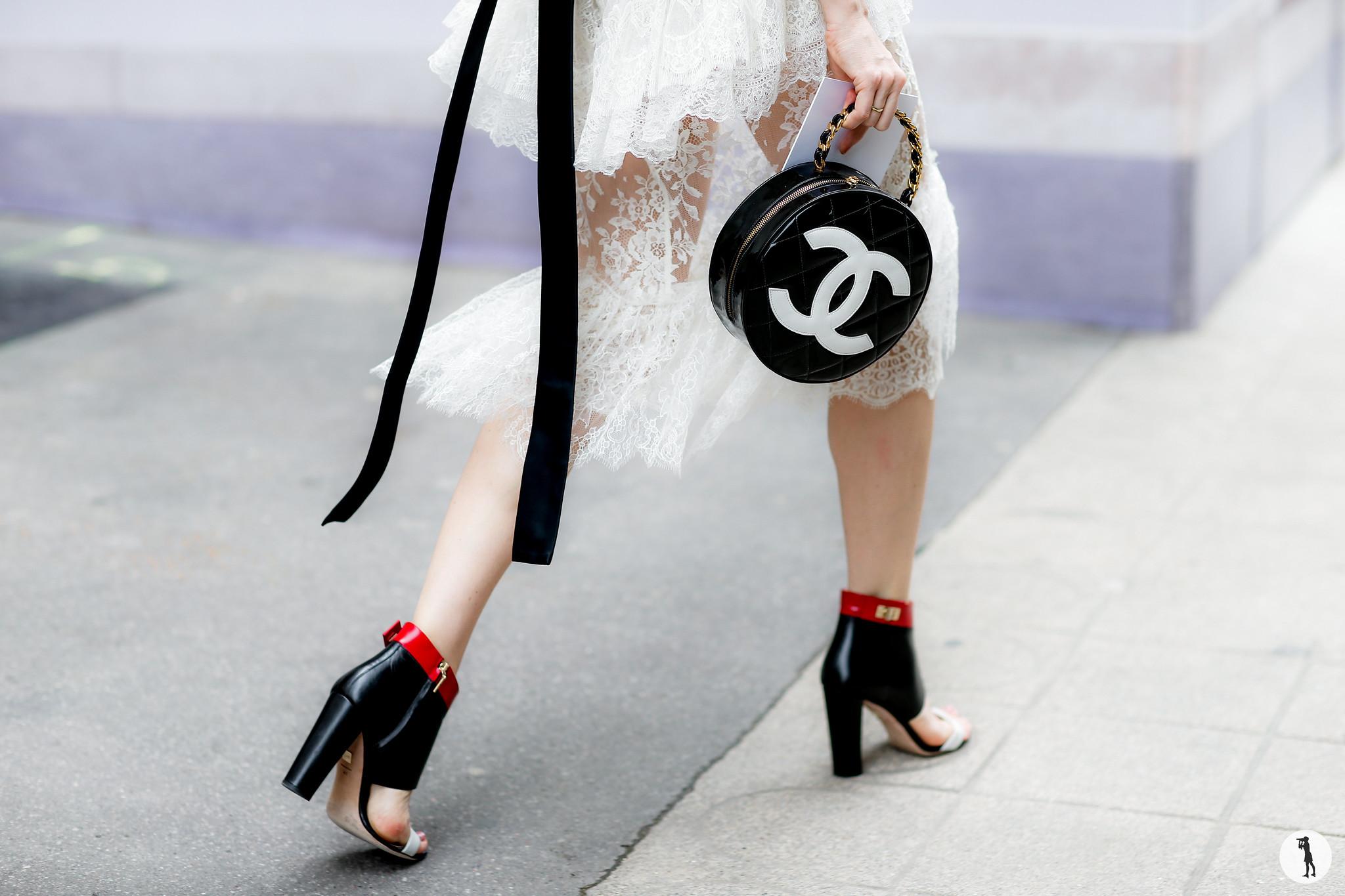Close up - Paris Fashion Week Haute Couture FW16-17 (5)