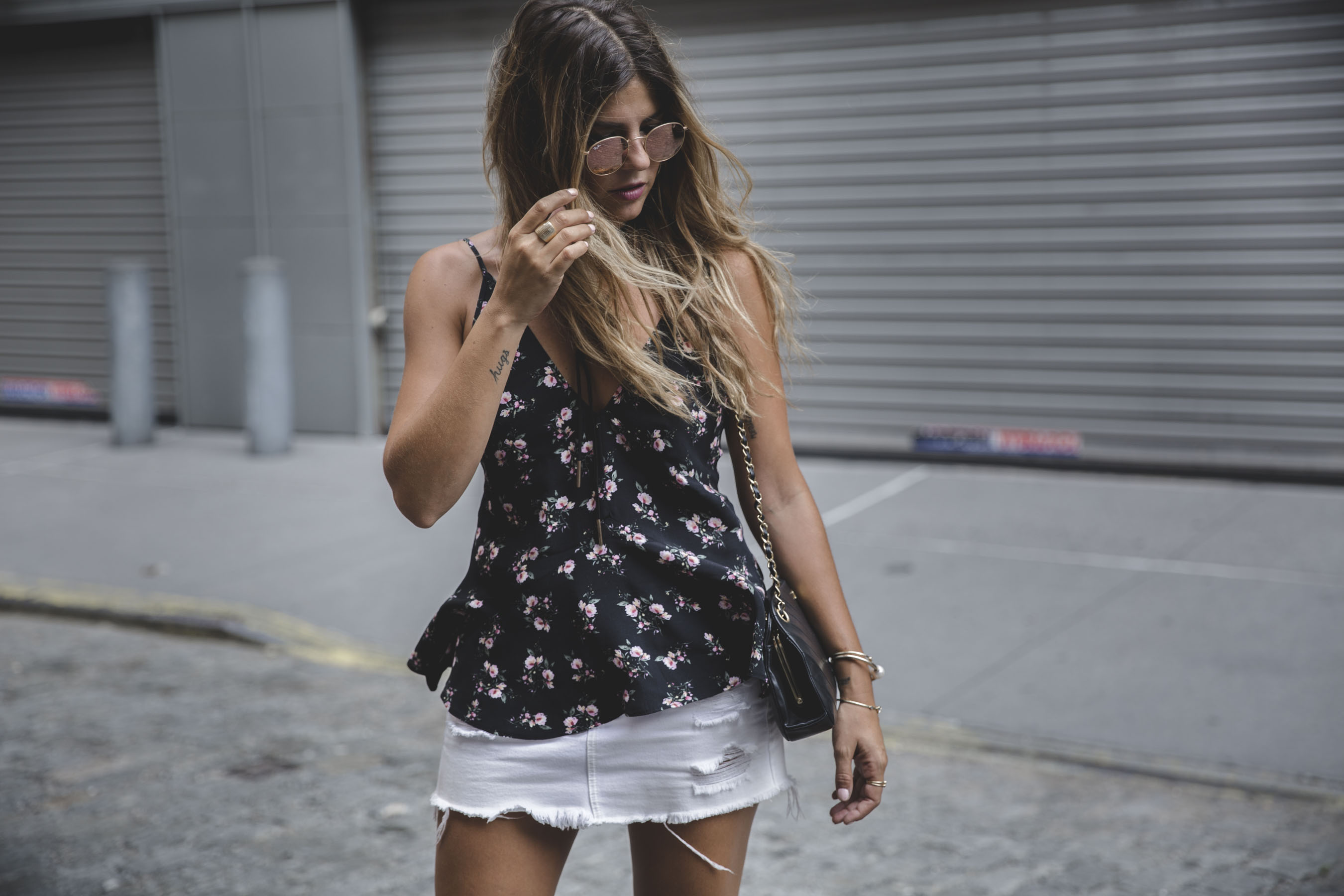 trendy-taste-look-outfit-nyfw-flores-top-shorts-uterque-levi's-jason-wu-3