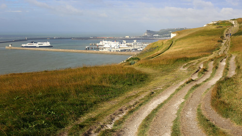 A walk into Dover to collect the hire car