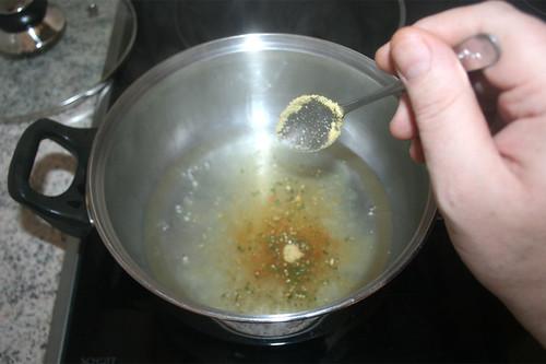 18 - Gemüsebrühe einrühren / Stir in vegetable broth