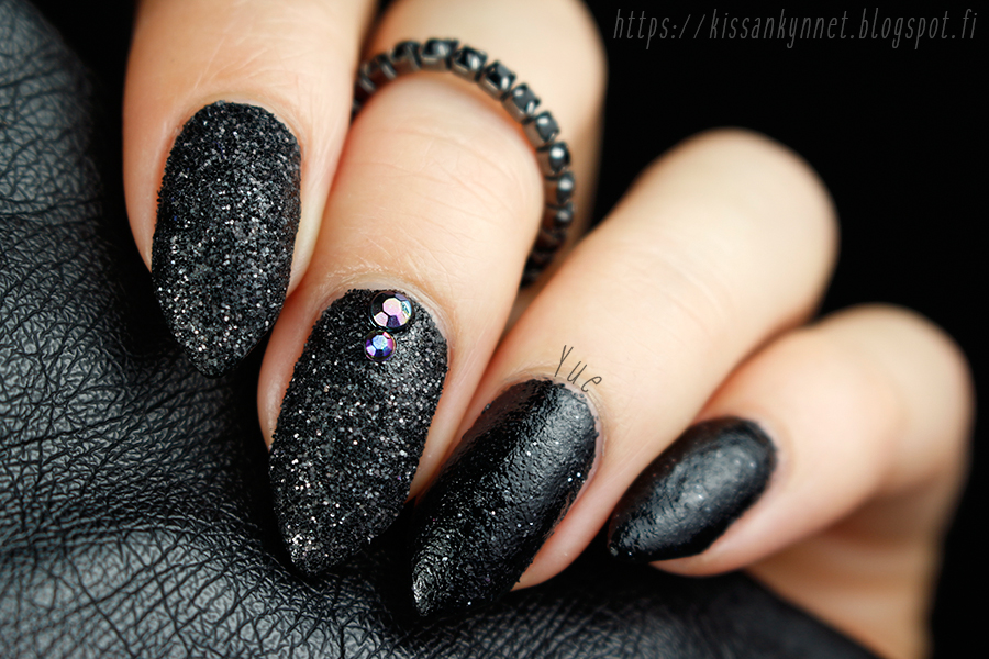 glitter_powder_nail_art_2