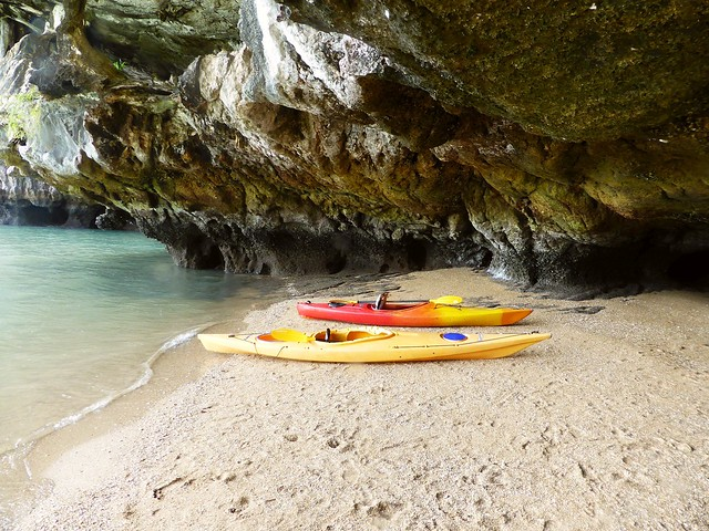 Koh Panak Sea Kayaking, Thailand (Jan-2016)