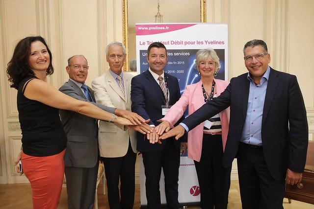 Jouy-en-Josas signe avec Yvelines Entreprises Numériques