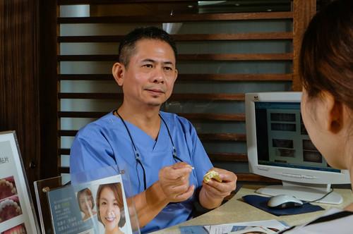 [推薦] 台南佳美牙醫陶瓷美白貼片拯救了天生牙齒黃的我 (12)