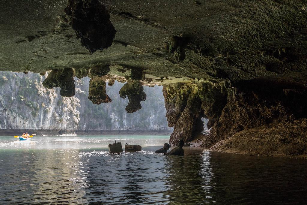 Halong Bay-01881-3