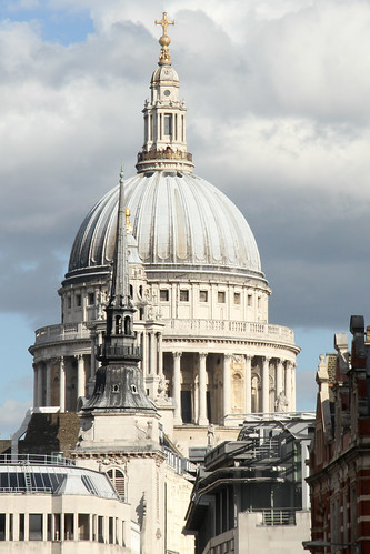 St Paul's Cathedral from Ludgate Hill | by Ronnie Macdonald