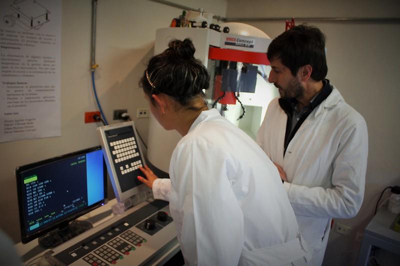 Laboratorios de Ingeniería Poli.