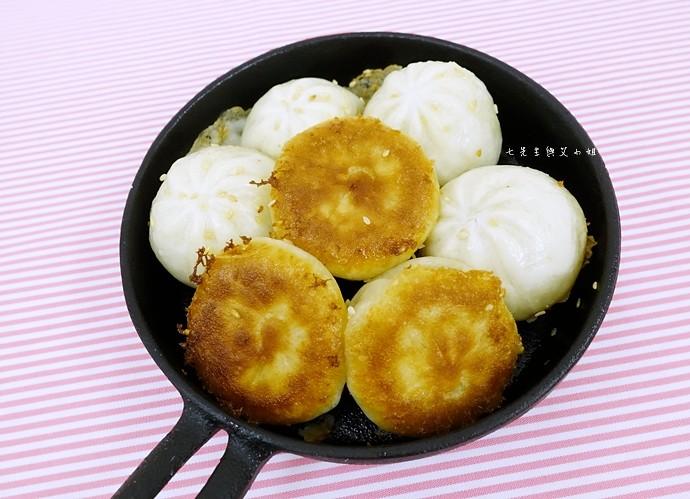 5 超商美食 獨饗生煎包