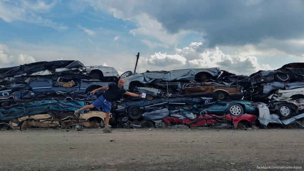 Самая большая авторазборка в мире, или как умирают автомобили в Америке samsebeskazal-153900.jpg