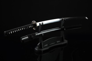 handmade-platinum-quality-japanese-samurai-sword-katana-black-pine-stand