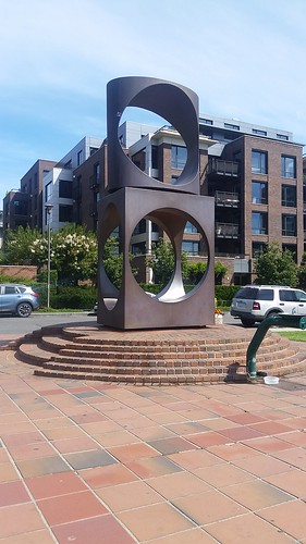 Kerry Park Statue Seattle