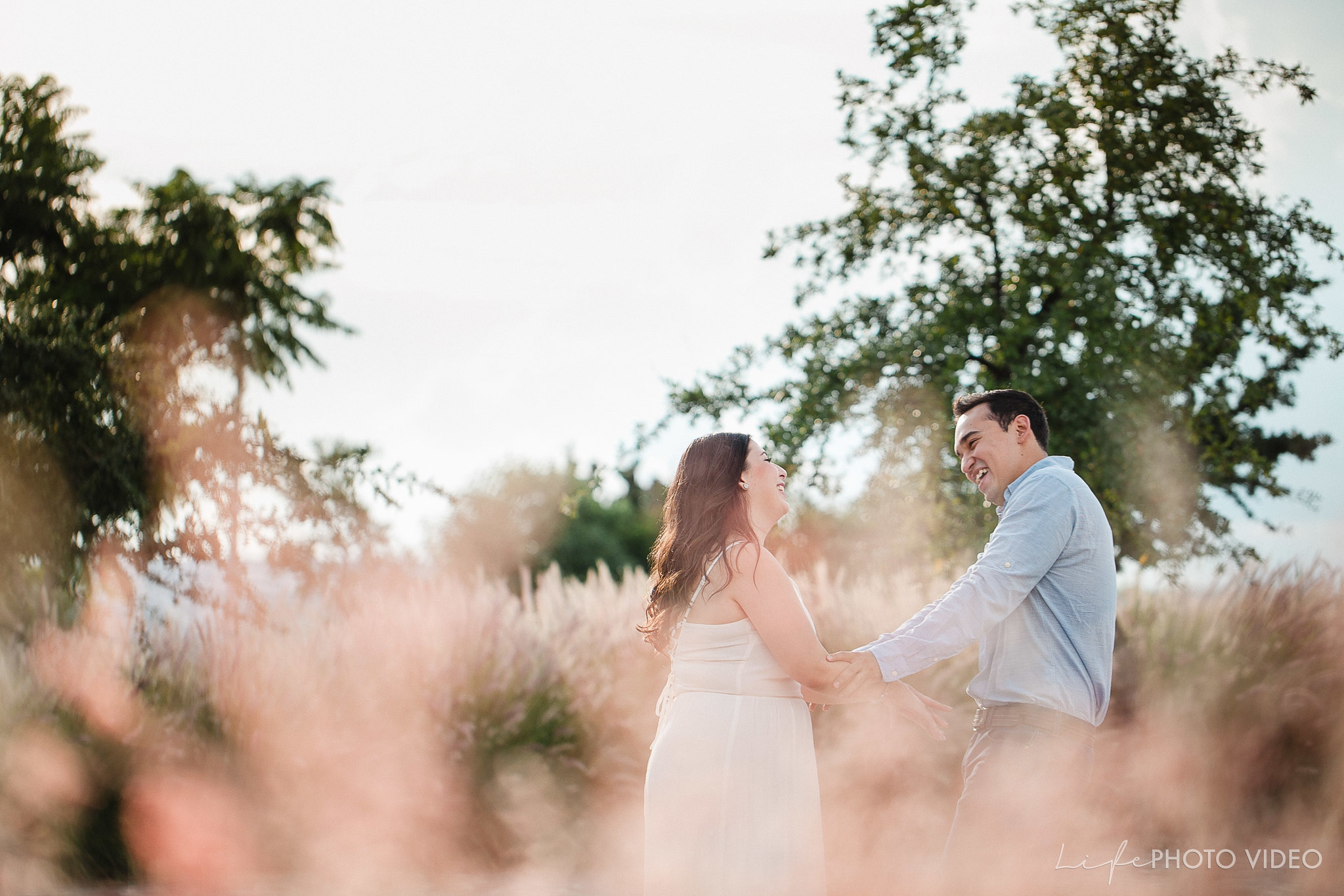 Engagement_Session_LifePhotoVideo_SesionCasual
