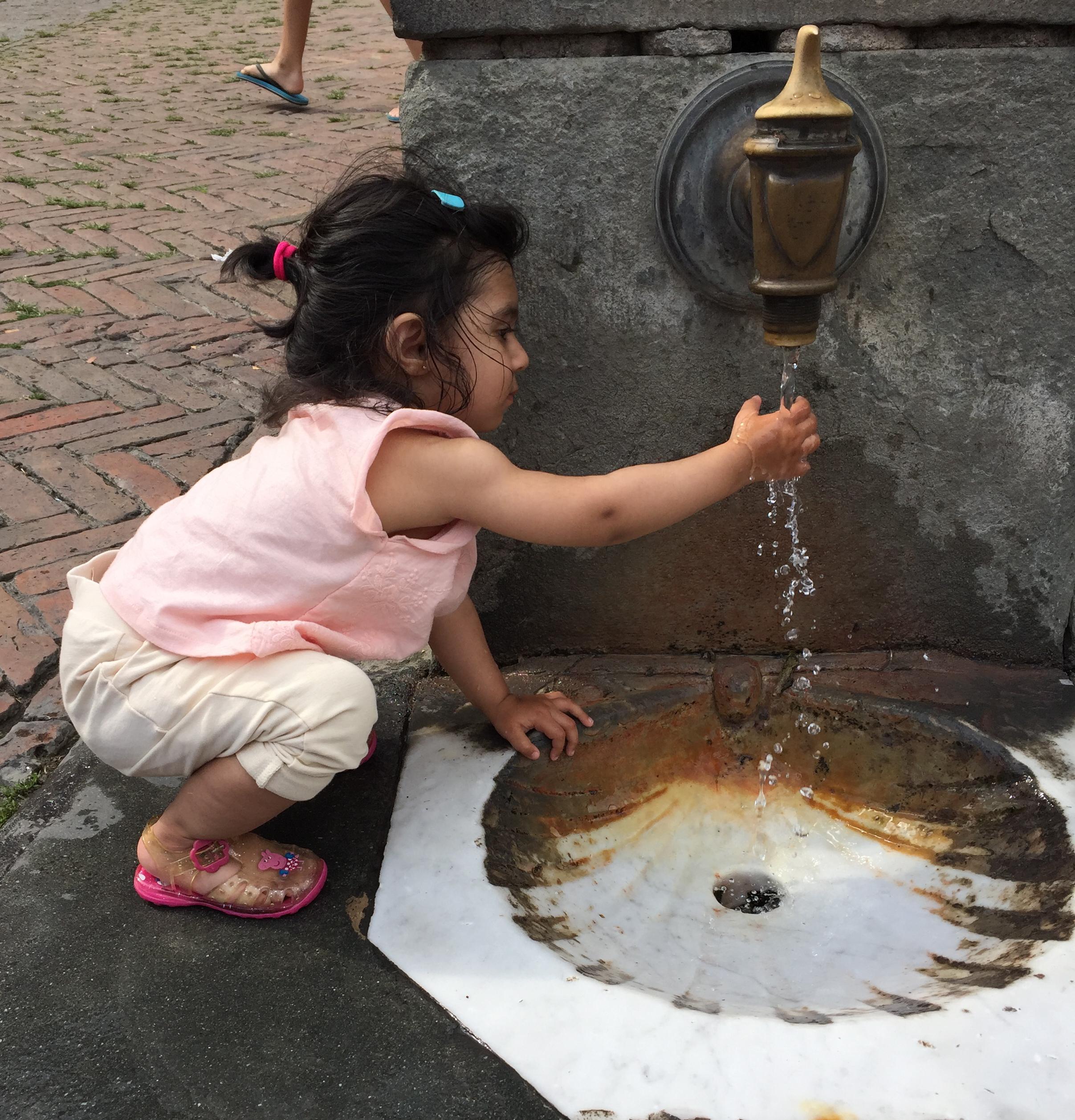 She loves water - in Siena