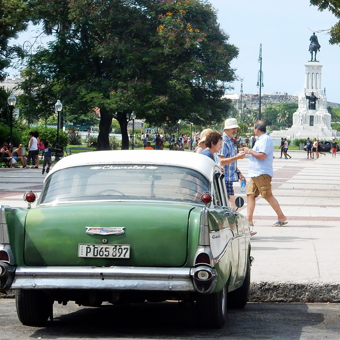 cuba classic car photographs - car monument