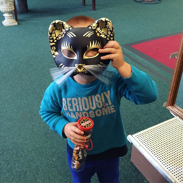 Cash and a kitty mask.
