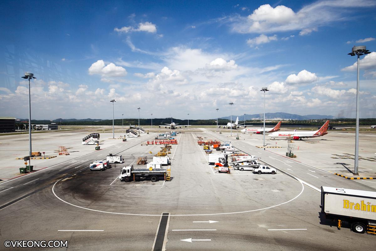 KLIA airport runway