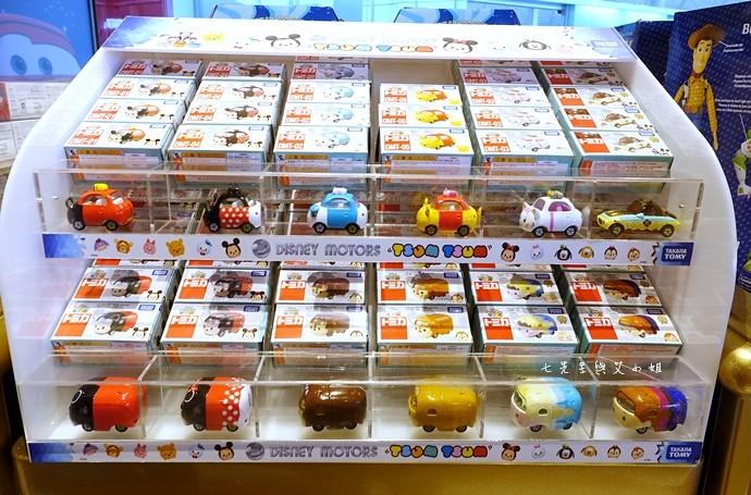 44 香港機場 迪士尼奇妙店 買達菲熊免進迪士尼樂園