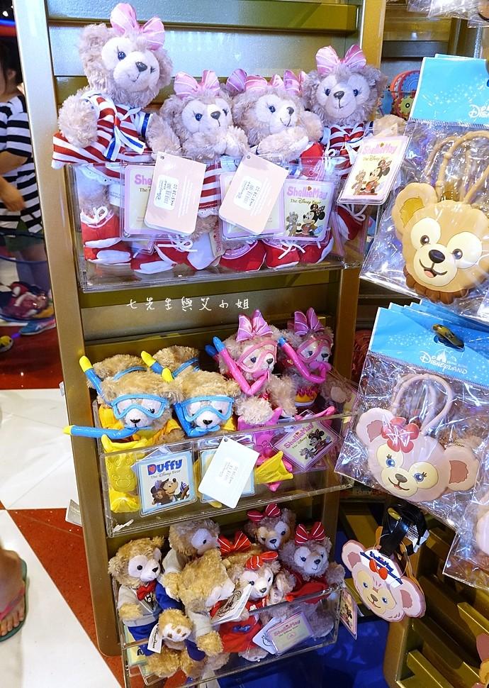 30 香港機場 迪士尼奇妙店 買達菲熊免進迪士尼樂園