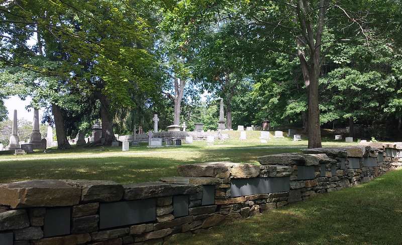 Center Cemetery Columbarium