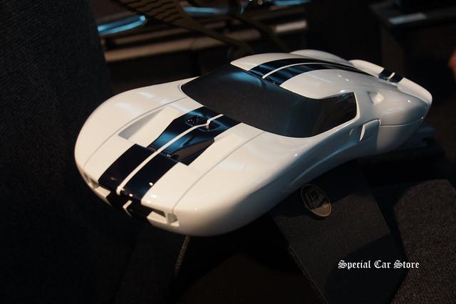 Ford GT by Richard Pietruska