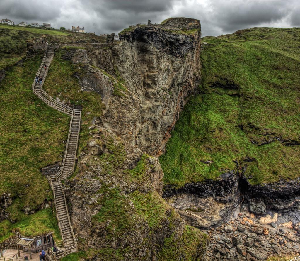 Tintagel Castle – The Place Where King Arthur Was Born