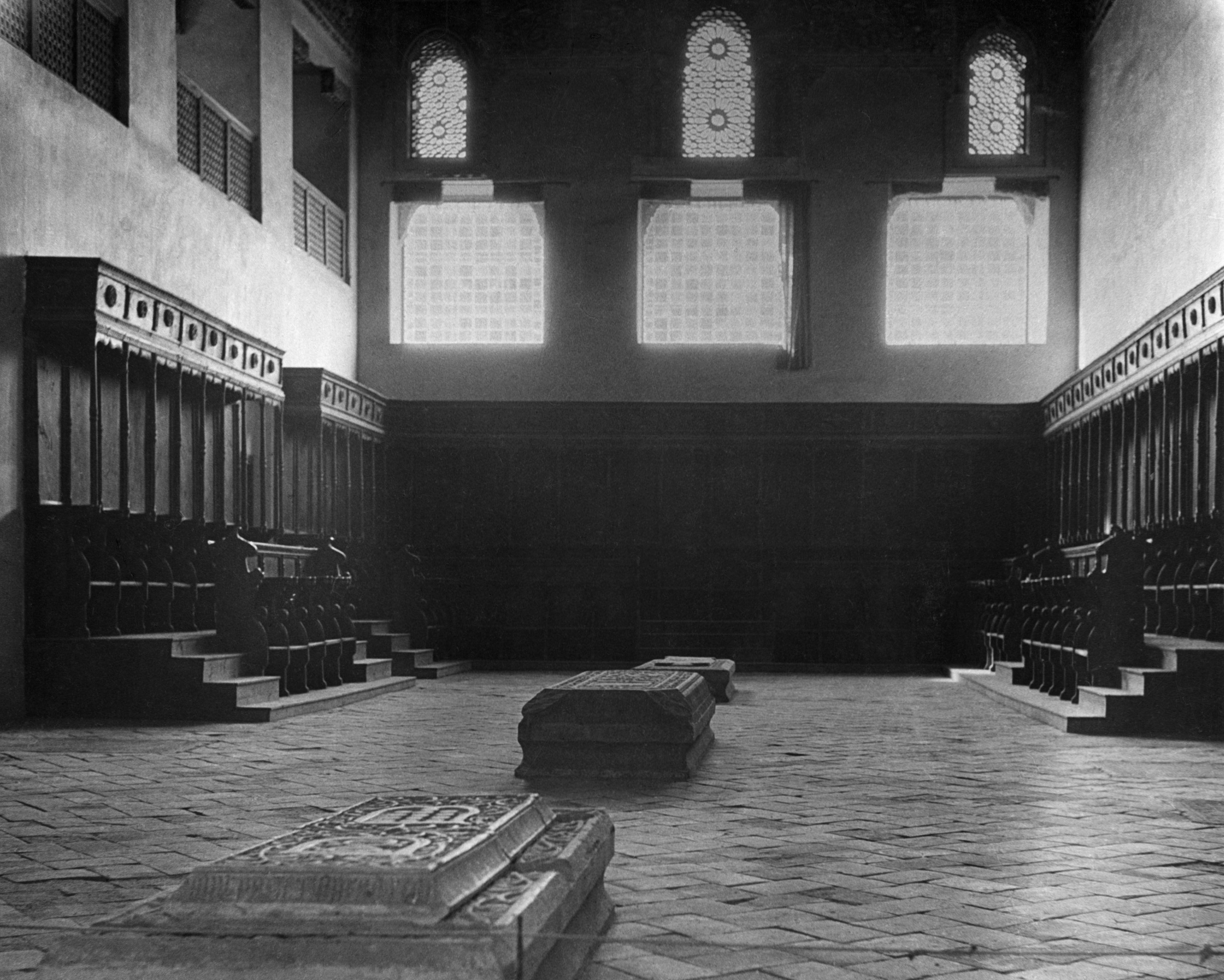 Sinagoga del Tránsito en 1935, fotografía de Abraham Pisarek, propiedad de AKG images