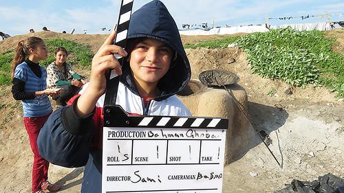 映画『国境に生きる~難民キャンプの小さな監督たち』より