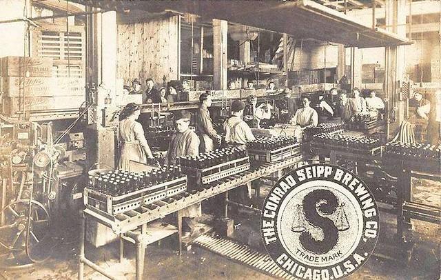 postcard-chicago-conrad-seipp-brewing-company-interior-and-trade-mark-1910s