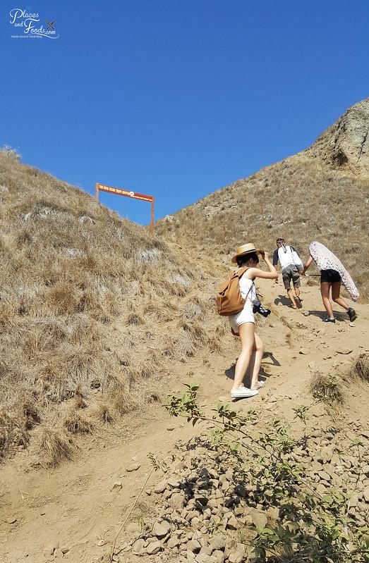 padar island steep climb