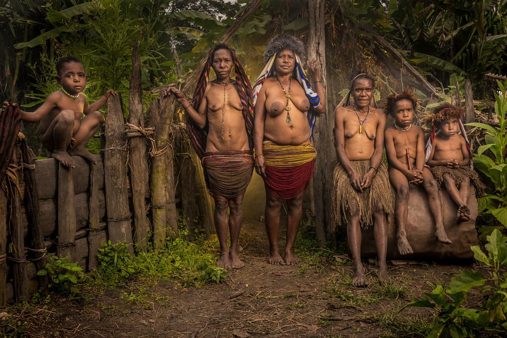 Wamena Papua Indonesia By Vibranze Special Exh Dyxum Page 1