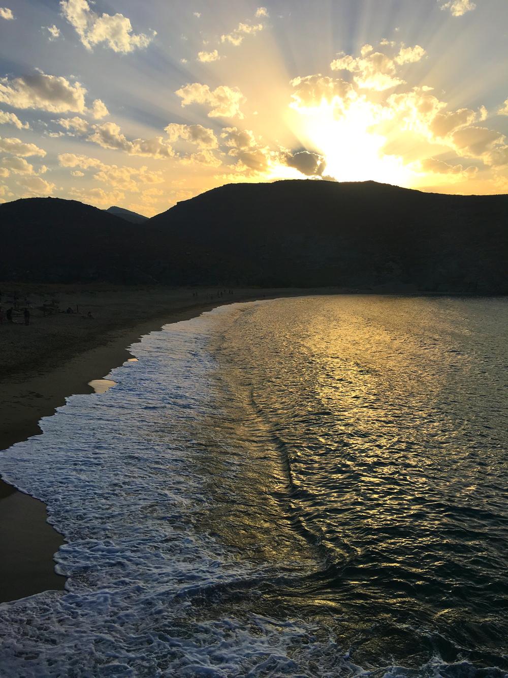 Tinos_sunset_kolibithra