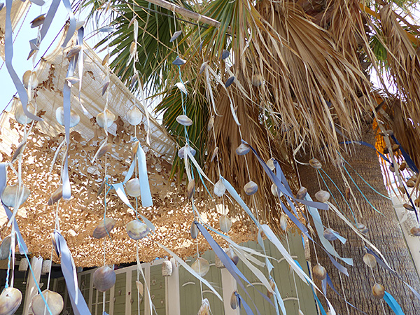 rideau de coquillages