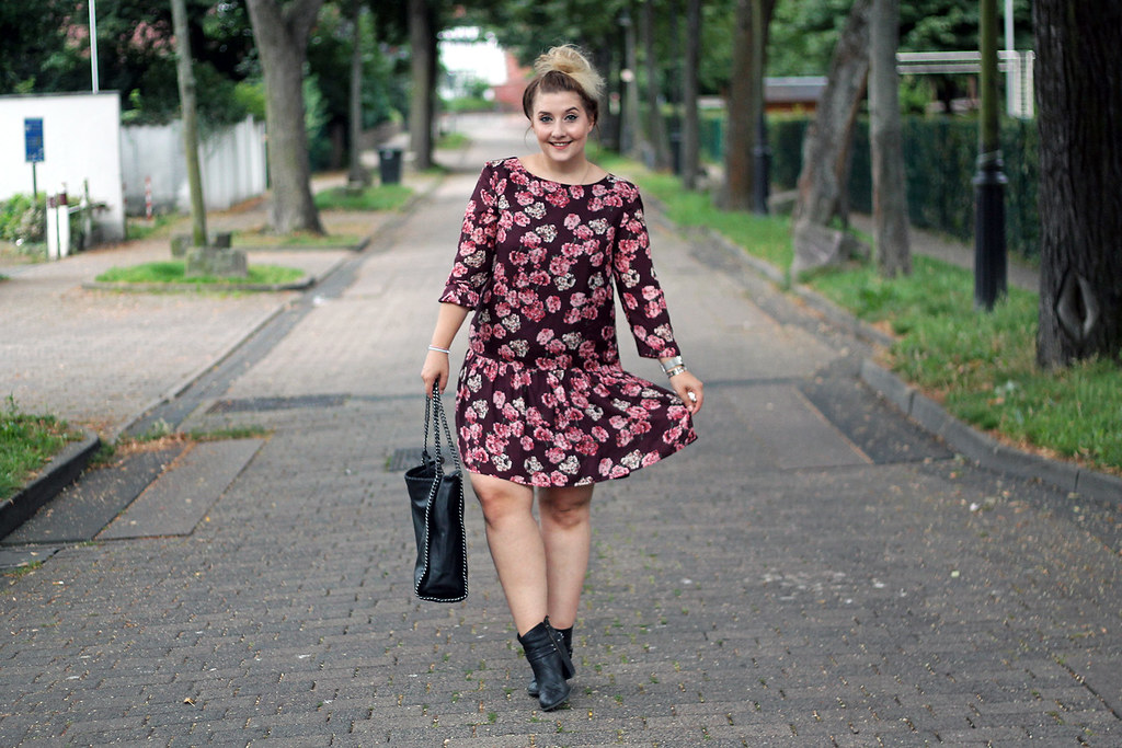 outfit-europapassage-kleid-blumen-sommer-trend-modeblog-fashionblog2