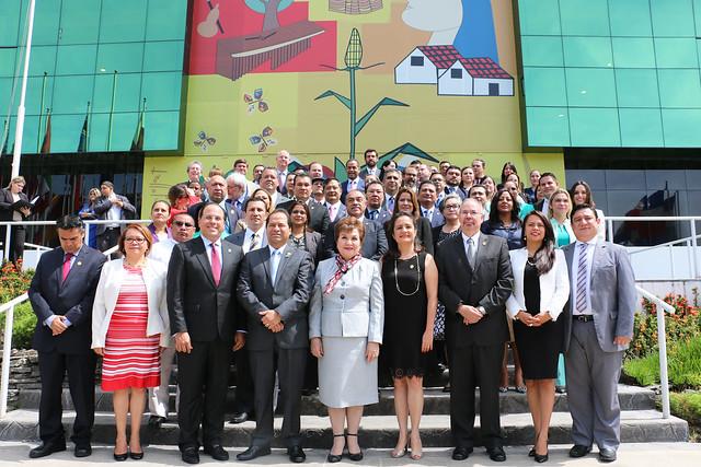 Foro Político: Rol del Poder Legislativo en el Fomento de la MIPYME en la Región SICA