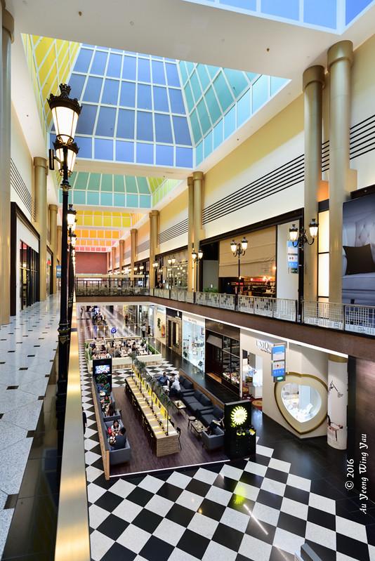 Singapore 2016: Millenial Walk Interior