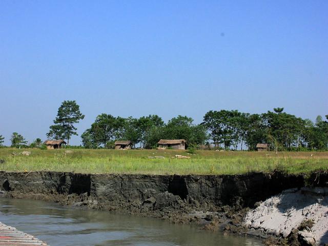 भूमि कटाव से संकट में माजुली