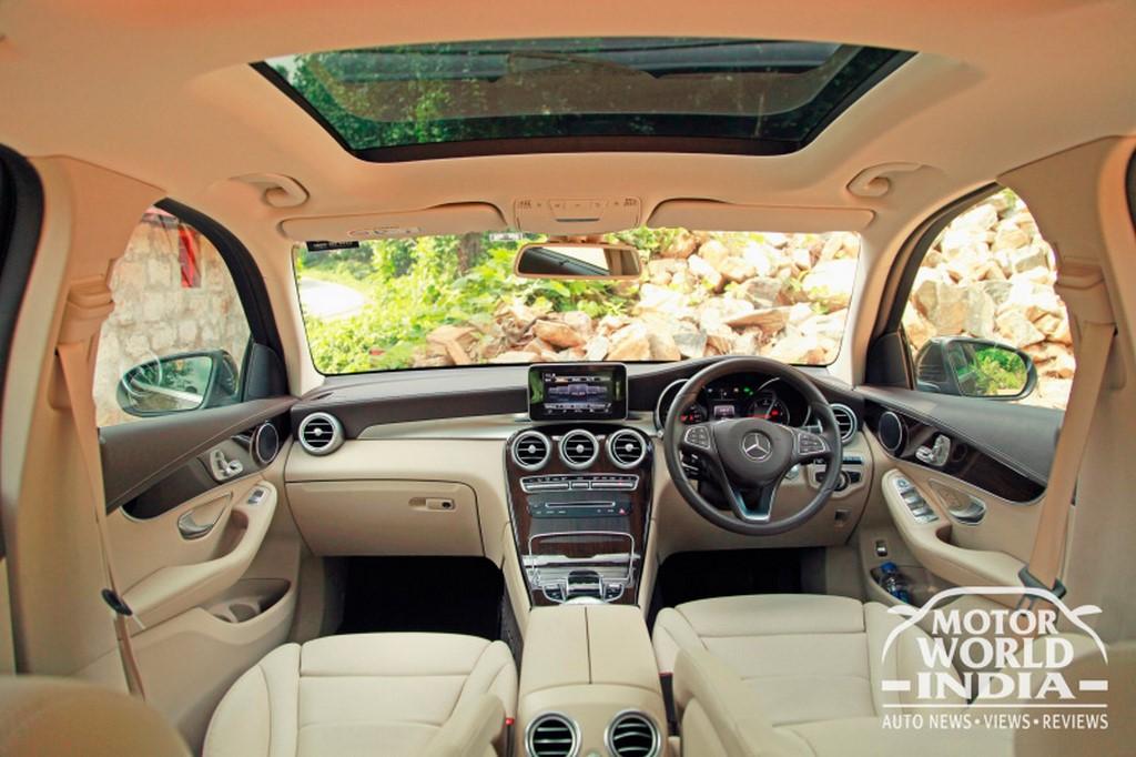 Mercedes-Benz-GLC-Interior-Dashboard (6)