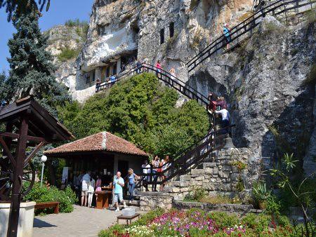 Manastirea Basarbovski obiective turistice Ruse 6
