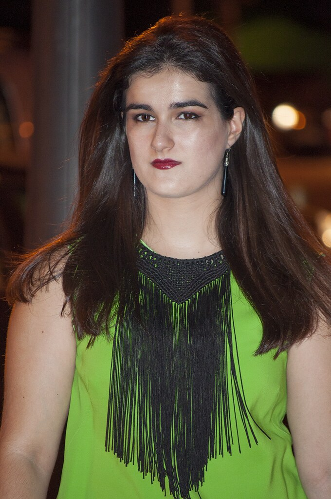 something fashion valencia blogger spain, DIY clutch modern fake leather, green dress maxmara sportmax