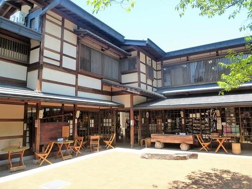 jp16-Takayama-Sanmachi-suji (2)