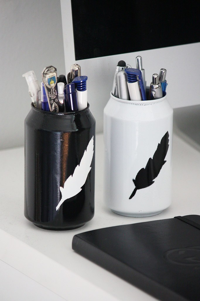 DIY-kynäteline