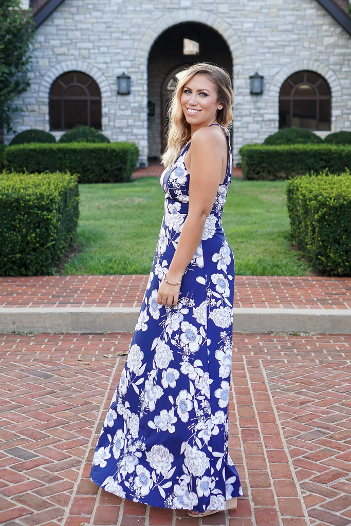 What to Wear to a Southern Wedding | Blue Floral Maxi Dress | Wedding Guest Attire Keeneland Lexington Kentucky Living After Midnite Blogger Jackie Giardina