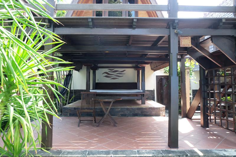 villa ombak lumbung hut