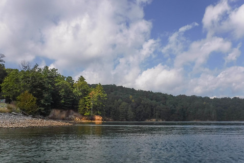 Lake Jocassee with Bennie Waddell-29