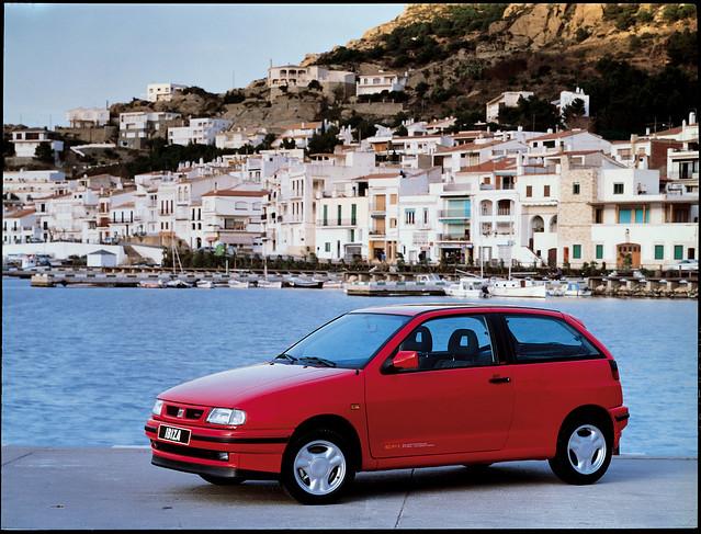 Трехдверный хэтчбек Seat Ibiza II. 1993 - 1999 годы