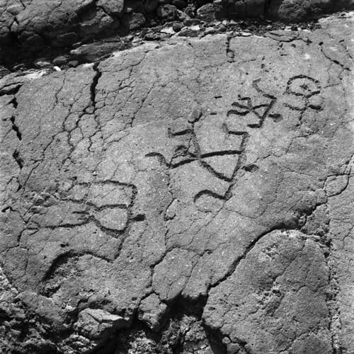 petroglyphs-3