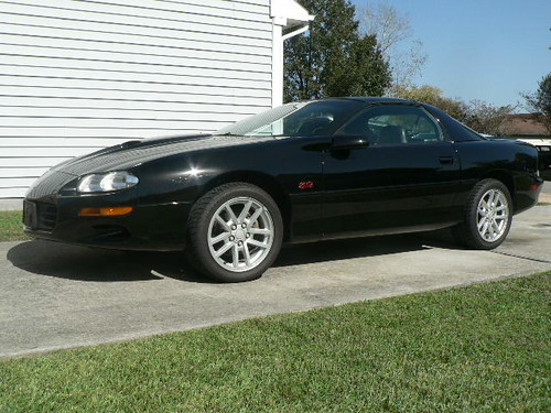 2000 camaro ss 6 spd t tops black leather 44k miles. Black Bedroom Furniture Sets. Home Design Ideas